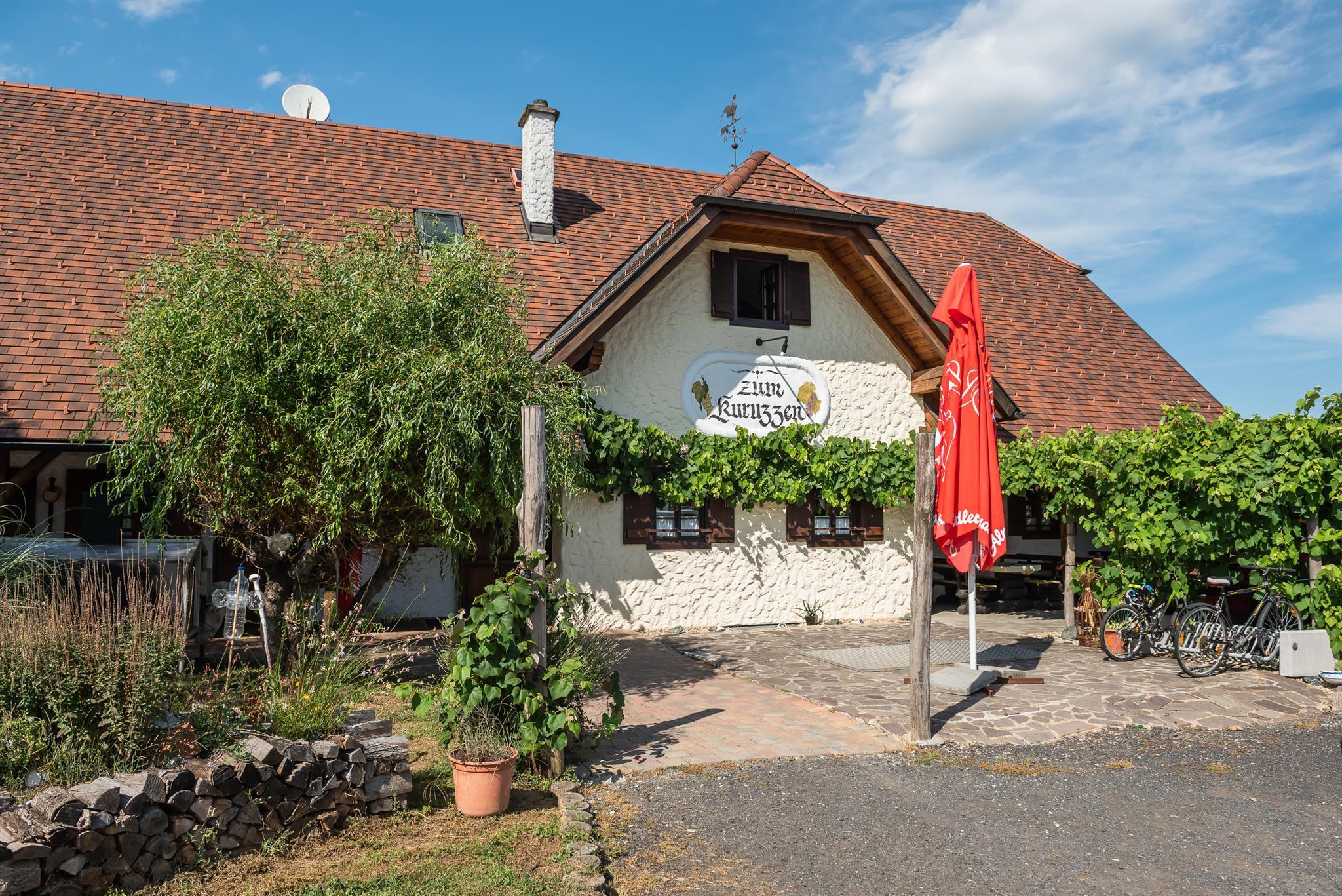 Heuriger zum Kuruzzen in Burgauberg
